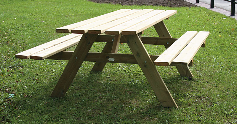 Hire Picnic Benches from Event Hire UK