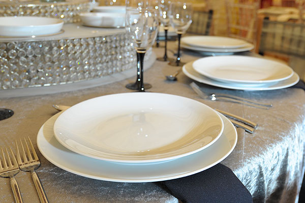 *NEW* Coupe plates hire for quality dining events