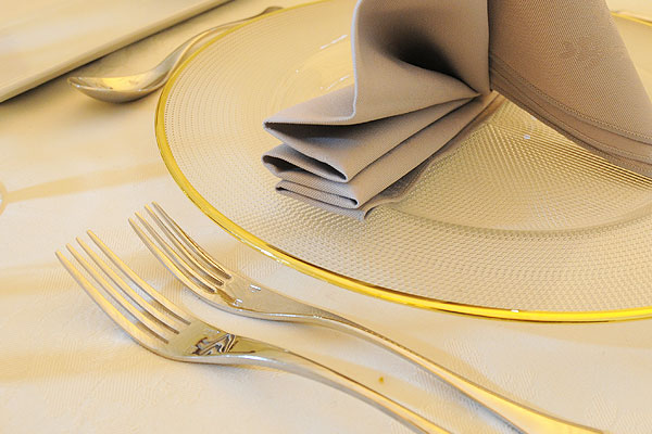 The A-Z of Event Hire: E is for ellipse cutlery hire