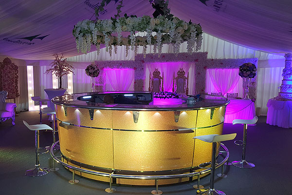 A successful Showman's Show for Event Hire