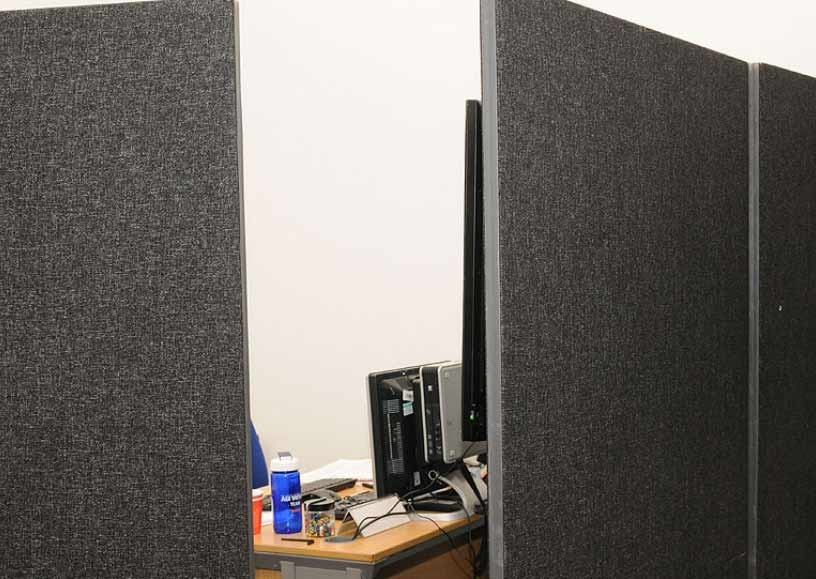 Hire dividing screens for events & temporary offices