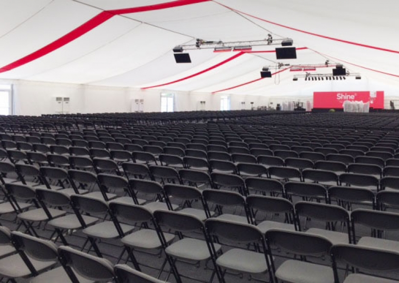 2048 linking folding chairs on location