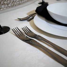 Mirror Finish Black Cutlery Hire