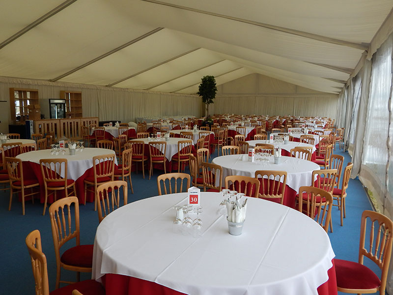 132 Round Tablecloth Hire