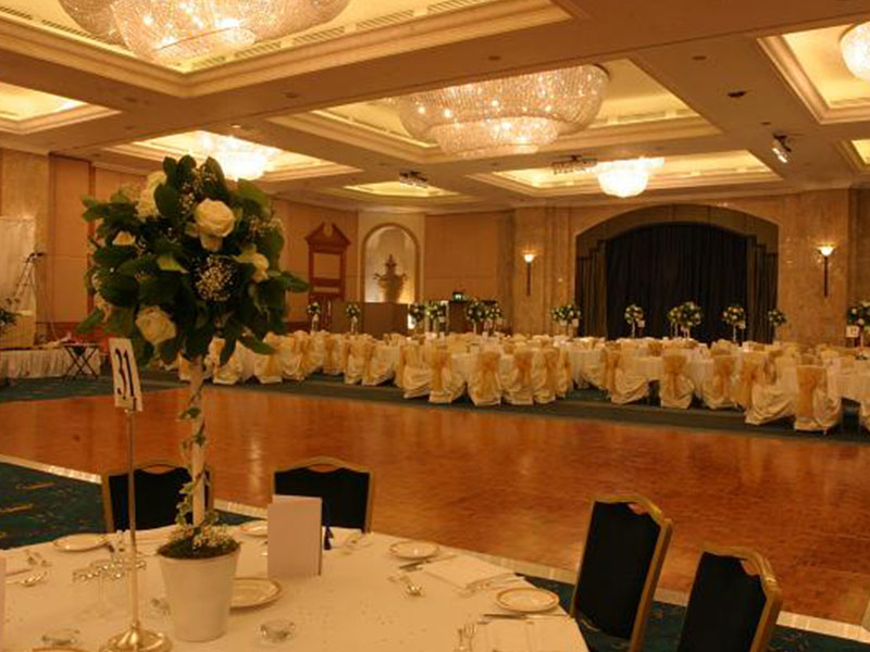 Parquet Dance Floor Hire For Weddings