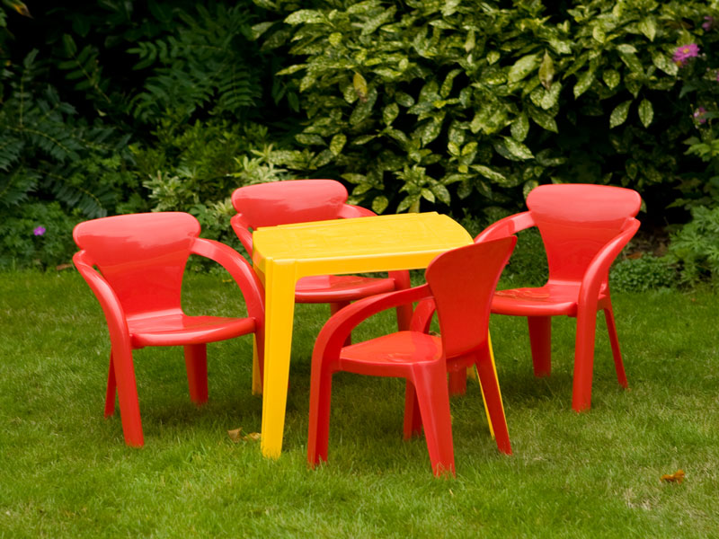 kids garden furniture hire