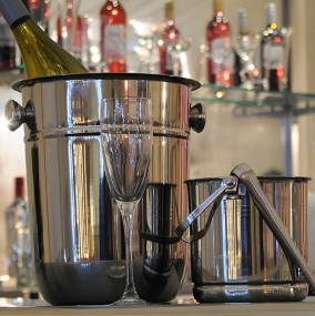 Wine Tasting & Bar Equipment Hire