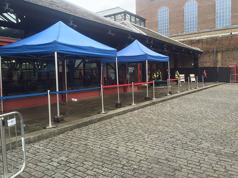Retractable Barrier Hire